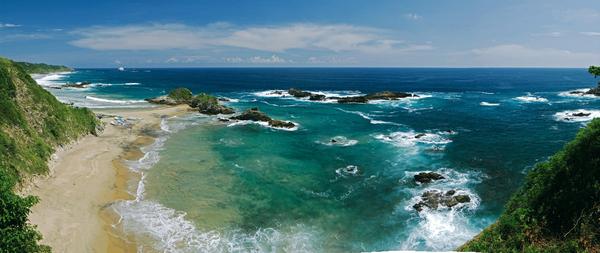 Disfruta de las maravillosas bahías de Huatulco